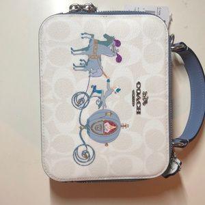 HPx2🎉🥳 Disney x Coach Cinderella bag